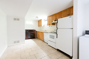 Great Downtown Location! Summer Sublet! Act Quick!