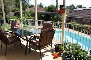 5 bedroom house WITH POOL close to Newcastle Uni and Mater hosp Warabrook Newcastle Area Preview