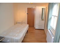 Smart studio flat in Camden near Belsize Park tube. Excellent condition. All bills included.