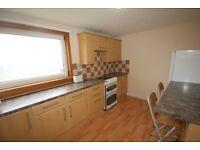 3 bed flat - available now Calder Gardens, Sighthill, Edinburgh