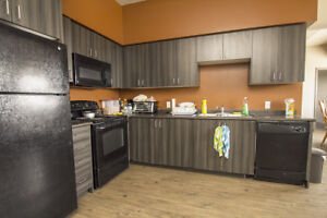 5-bed Group for September! Funished $685/room + FREE WIFI!