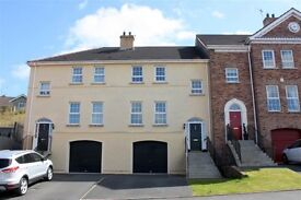 BEAUTIFUL 3/4 BEDROOM FAMILY HOME FOR SHORT TERM LEASE/RENT