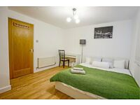 Large double bedroom available in fantastic flat share in Canary Wharf!! Call us NOW!!