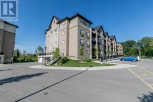 44 FERNDALE DRIVE S #303 Barrie, Ontario
