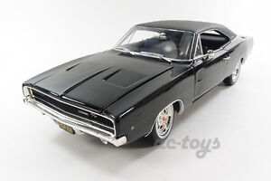 Greenlight Autoworld Bullitt 1968 Dodge Charger R/T 1:18 Steve Mcqueen Black
