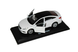 PINO 1:38 Scale Hyundai 2015-2017 Sonata LF Diecast MiniAture Car Toy Ice White