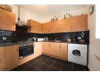 4 bedroom flat in Castlehaven Road, Camden NW1