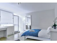 Great room just minutes from Lambeth North!! Book your viewing NOW!