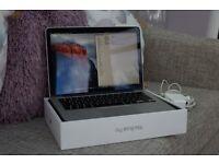 Apple MacBook Pro 13 Retina Display MF840B/A Early 2015 Model - i5/256GB/8GB