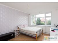 Bright Three Bedroom flat (No Separate Reception) close to Burnt Oak station