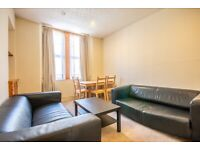 Charming, 1 bedroom, 1st floor flat in Dalry with fresh décor, available NOW!