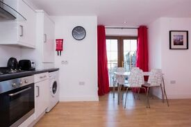Short term let - two bed apartment - lisburn road