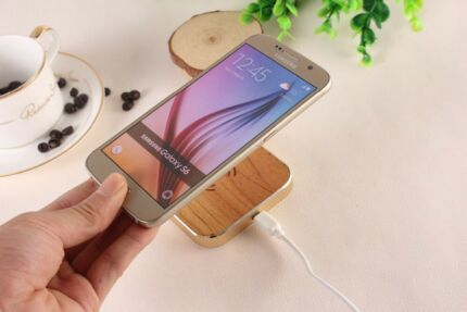 High Compatibility  QI Wireless charger gold/timber