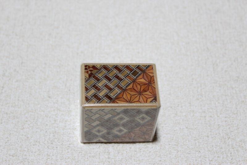 Japanese puzzle box, Yosegi secret fully open secret box USA