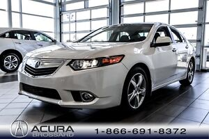 2013 Acura TSX Tech Pkg Very low mileage! To have !