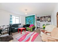 2 bedroom flat in Hilldrop Crescent, Tufnell Park N7
