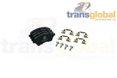 Front Brake Pads & Fitting Kit for Land Rover Freelander 1 TD4 01 on - LR021899