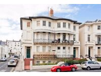 Stylish, spacious 1 bedroom 2nd floor flat close sea and shops in central Hove