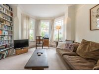 4 bedroom house in Fleetwood Road, London, NW10