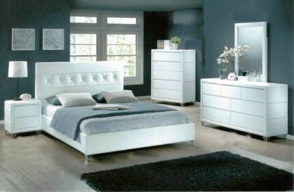 BARGAIN - FURNITURE OUTLET - Queen Bedroom Suite Package for $749