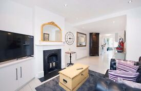 Terraced Cottage - Recently Renovated - Two Double Bedrooms - Private Rear Garden - £1,750 PCM