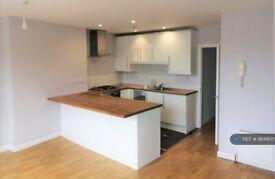 2 bedroom flat in Salusbury Road, London, NW6 (2 bed) (#984905)