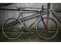 Road bicycle 56cm fixed gear or freewheel bike