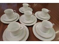 CROWN MING Fine China Jian Shiang Tea Set - White gold trim