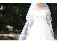 A-line Full Lace Wedding Dress by Pronovias size 8