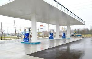 NEW ESSO STATION + Convenience  Store IN LONDON!
