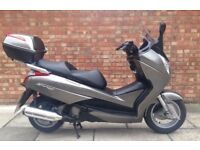 Honda FES 125 S-wing (13 REG), Only 2800 miles! 3 Months warranty!