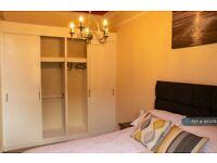 1 bedroom flat in Bryson Road, Edinburgh, EH11 (1 bed) (#990206)