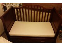 VIB Dax DLX Sleigh Cot Bed in dark wood - excellent condition