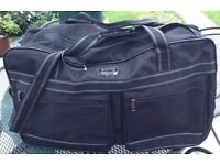 Large Holdall Bag *Used Once*