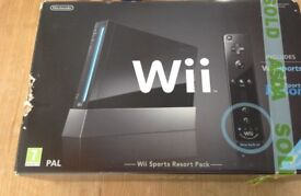 Nintendo Wii sports resort pack in very good working order in original box, only used for Netflix