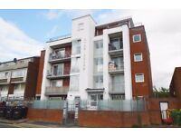 MANOR PARK, MODERN 2 BEDROOM APARTMENT LOCATED JUST OFF HIGH STREET NORTH