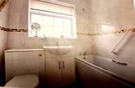 Bathroom suite 3 piece white