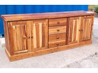 STUNNING LONG HAND CRAFTED RUSTIC SOLID HARDWOOD STORAGE DRAWER SIDEBOARD - FREE DELIVERY!!