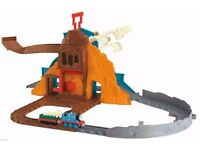 Thomas Tank Engine & Friends Take N Play Roaring Dino Run Dinosaur Train Set - 100% Complete