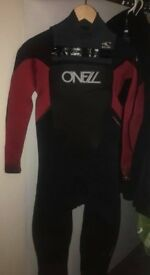 O'NEIL MUTANT 5:4 WETSUIT WITH A HOOD