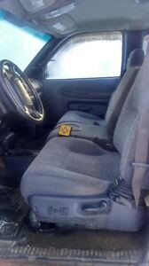 Parting Out 2001 Dodge Ram 2500
