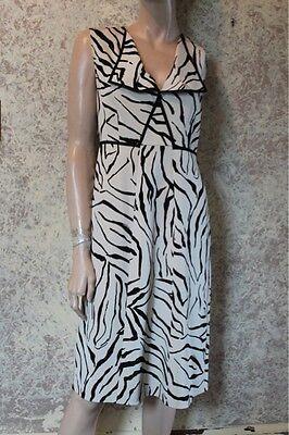 Elie Tahari Zebra Print Sleeveless Dress size 8 for sale  Shipping to India