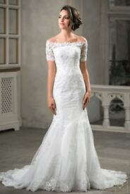Off the shoulder Wedding Dress with Lace Applique - New Wedding Dress - Beautiful Wedding Dress