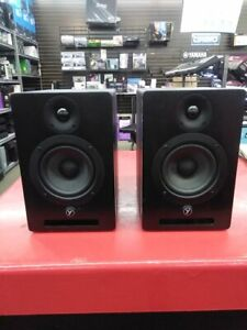 200$!!!!FOR PAIR...YSM5 ACTIVE STUDIO MONITORS NEVER USED