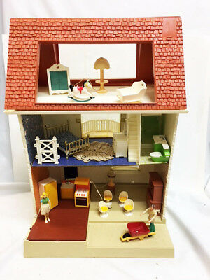 Vintage Fisher Price 3 Story DOLL HOUSE With Electric Set Furniture & People