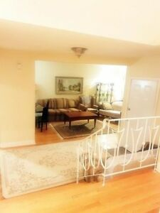 SPLIT level ~1500sf Condo Medium/Short term exquisite area