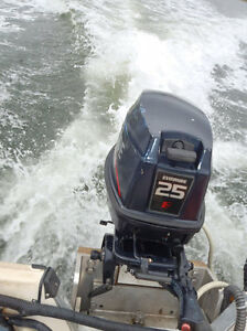 Wanted: Cowl/Hood for a 1995 25hp Evinrude Pull Start Outboard