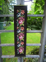 Vintage NEEDLEPOINT Rose Variations WALL HANGING - Brass Hanger City of Montréal Greater Montréal Preview