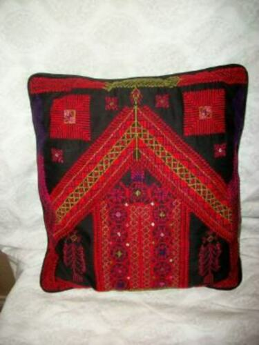 VINTAGE CROSS STITCH NEEDLEPOINT PILLOW UKRAINIAN EMBROIDERY MID CENTURY