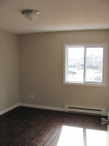 Highland Park - 2 Bedroom Apartment for Rent
